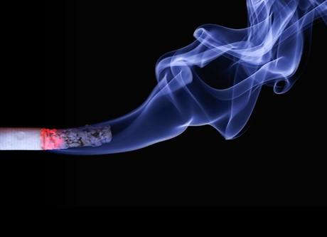 Fumée de tabac environnementale (tabagisme passif)